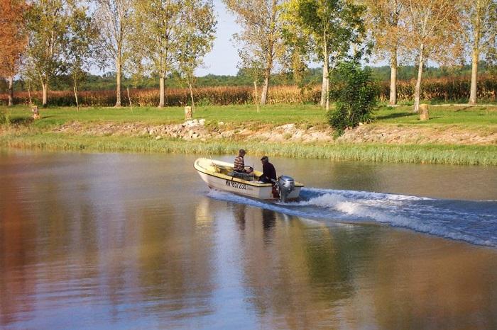 Camping près de Neulles idéal pour la pêche